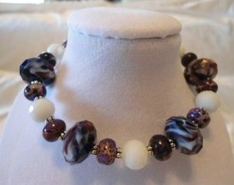 Purple and White Faceted Glass Bead Bracelet
