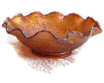Fenton carnival marigold orange red persian medallion bearded berry bowl with scalloped edge