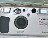 Kyocera Yashica T4 SUPER D Weatherproof Super Scope 35mm Camera w/ Carl Zeiss Tessar 3.5/35