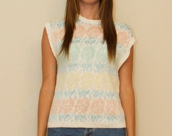 ON SALE Vintage Knit Top Sleeveless Cream Top With Coloured Pattern Free shipping domestic.