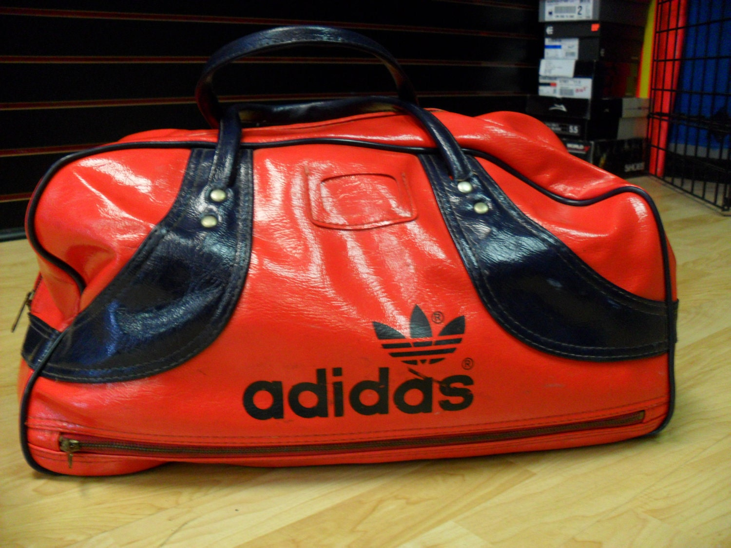 vintage 70s leather adidas gym bag. Black Bedroom Furniture Sets. Home Design Ideas