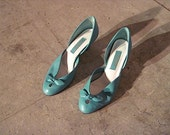Vintage // Turquoise Cut-Out Pumps // Kitten Heel // Size 7 // Westies // GLAM