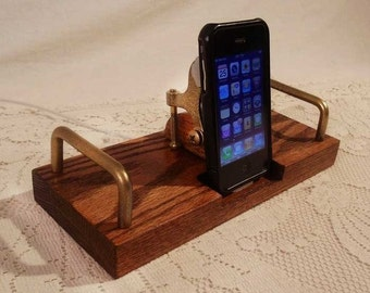iPhone - iPod Dock -Charger and Sync Dock Station - Oak - Brass style V1 EX Model..iDock iPhone 4 iPhone Docking Station iPhone4 Dock