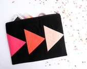 XLARGE zipper pouch 10 x 8 inch geometry color block black and hot pink