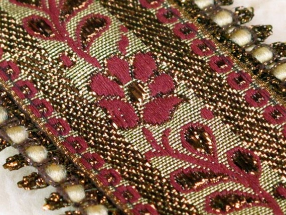 2 Yards Bollywood Indian Trim, Embroidered Trim