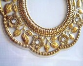 Frame ornate embrossed antic gold vintage victorian style