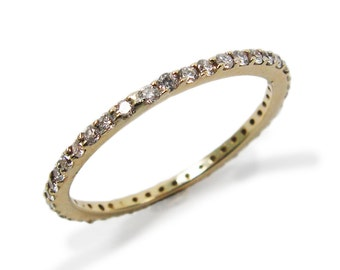 Engagement Ring. Diamond engagement ring. Diamond ring. Gold engagement ring. Yellow gold Diamonds engagement ring.  (r-13016x)