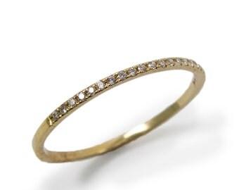 Engagement Ring- Yellow gold & Diamonds (r-13006). romantic ring
