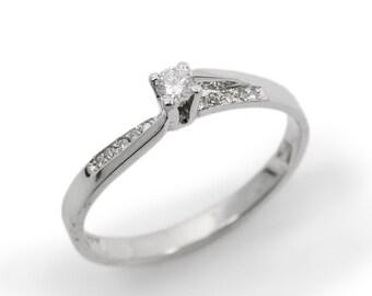 Engagement Ring- White gold & Diamonds (r-13320xc). romantic ring