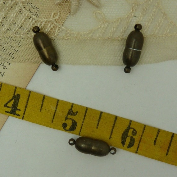 4 aged brass magnetic clasp