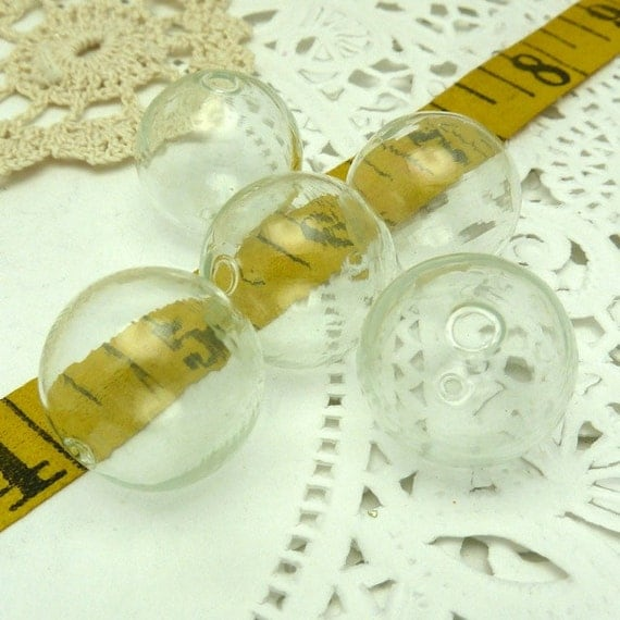 6 hollow  blown clear  glass beads 19MM round