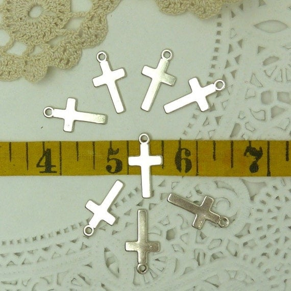 15 simple silver  tone base metal cross charms / pendantse 24 mm long with loop and 13 mm wid