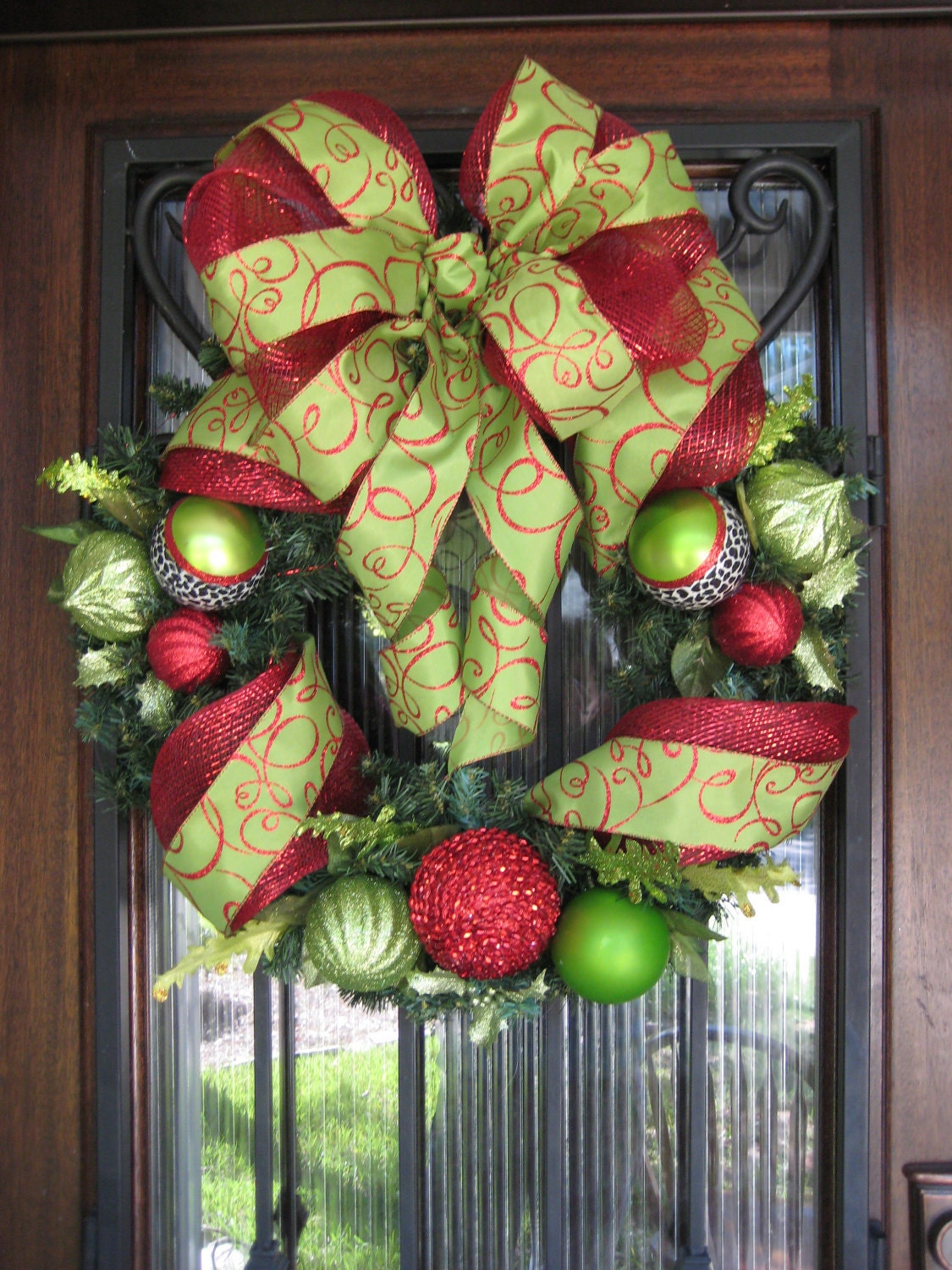 Red and lime green christmas wreath ornaments ribbon deco for Red and green christmas decorations