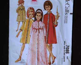 1960's Vintage McCalls Pattern 7086 Girls Robe in two lengths
