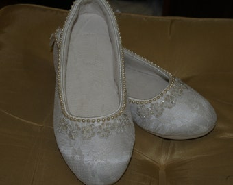 Brides Wedding Ivory Flats Vegan Shoes hand stitched pearls edging and appliques, Reception Slippers, Ballerina Flats, Comfortable,Victorian