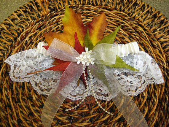 Autumn Brides Garter Fall Garter, Single Garter, Destination Wedding, Faux Autumn Leaves, Fall Themes Wedding, Orange & Green, Rustic Chic