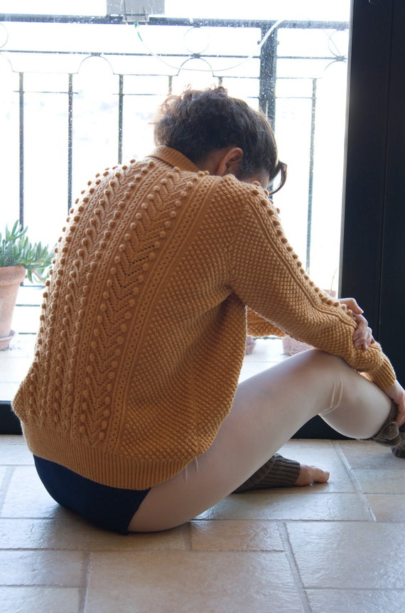 Soft Peach 3D knitted polo sweater.SALE%
