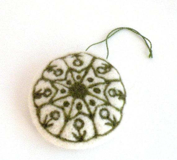 Christmas ornament - needle felted ornament - green ornament - folk etno - christmas decorations - felt decorations - pin cushion