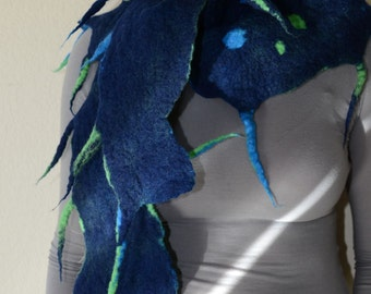 "Two side Felted scarf dark blue, blue and green ""Sea creature"""