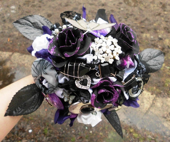 gothic wedding flowers brooch wedding bouquet bridal vintage 4584