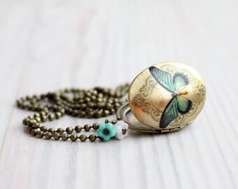 Butterfly locket necklace - Vintage style - Gift for her