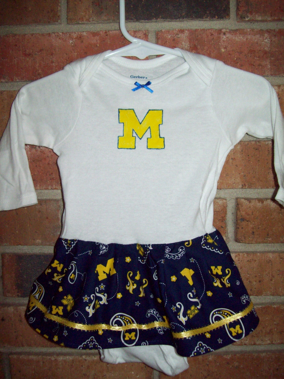 Michigan Wolverines Baby Girl esie Dress