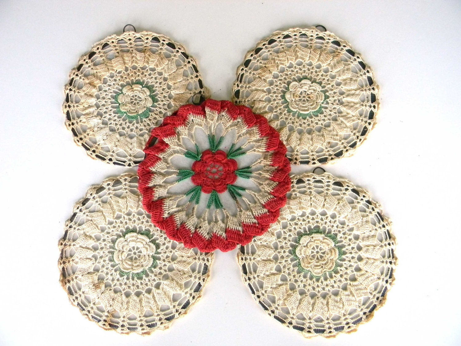 Crochet Wall Hanging : Items similar to Vintage Crocheted Doily Wall Hangings Decor Set ...