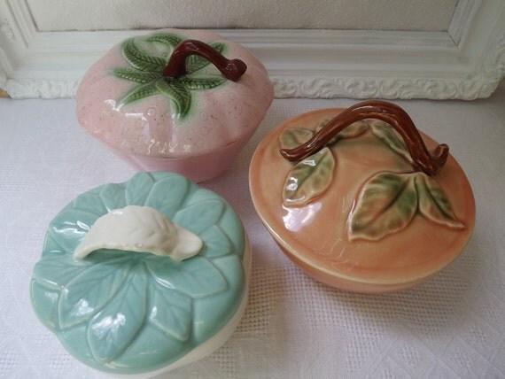 Vintage California Pottery Trio Of Lidded Bowls,Belmar,Hoenig,Valley Vista Potteries Circa 1940-1950's