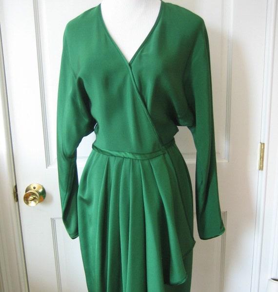 80's Tom & Linda PLATT high end designer emerald green silk wrap draped dress