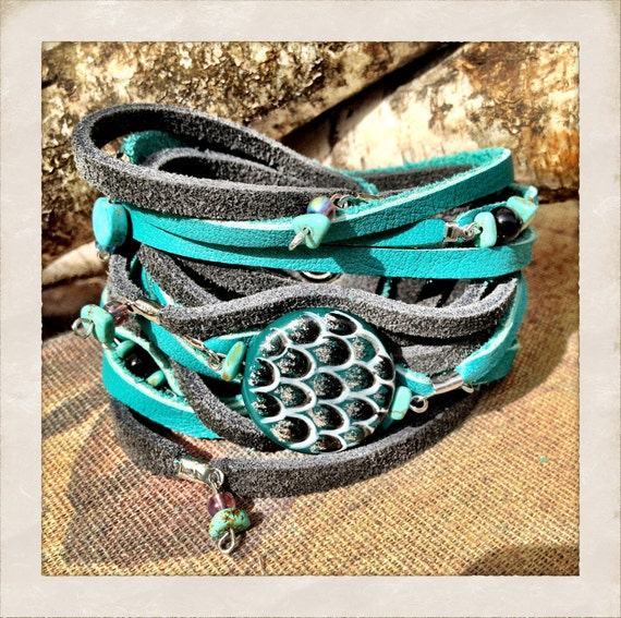 Turquoise leather and Grey Suede cuff bracelet with beads, Turquoise and grey leather beaded cuff, great mothers day gift by torn to pieces