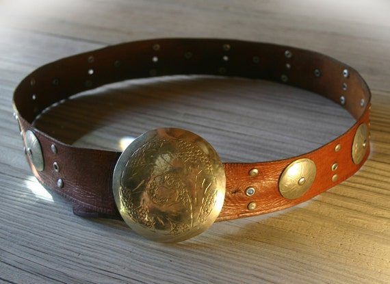 Hand Made in Morocco - Vintage Brown Leather Belt with Etched Silver Tone Buckle & Conchos size 32 33 34 35