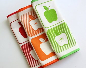 APPLE PLACEMATS set of 3 table mats screenprinted