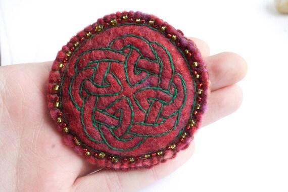 Felt brooch Celtic design - Felt brooch pin - Made in Ireland