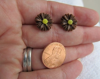 Beautiful 13mm Shiny Chocolate Brown Sunflower Resin Cabochon Flower Post Earrings with a Yellow Center