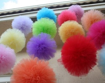 6 Large poms for weddings , birthday parties , baby showers , photo props and more....