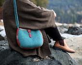 Felt Pouch, Adjustable Strap Shoulder Bag (dusty blue)