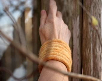 Wool Felt Jewelry - Bangle (peach)