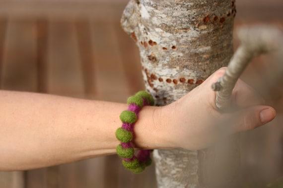 Spring Fashion - Rustic Chic Felt Bangle (deep fuchsia / fern green)