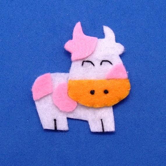 2 pcs - Handmade cow felt appliques (G041-A)