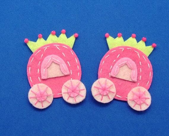 2 pcs - Handmade princess carriage felt appliques (G059)