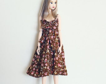 RYBG Creation - Flowered Brown Dress Momoko or Nippon or Blythe