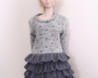 RYBG Creation - lighter grey dots layer dress Momoko or Nippon or Blythe