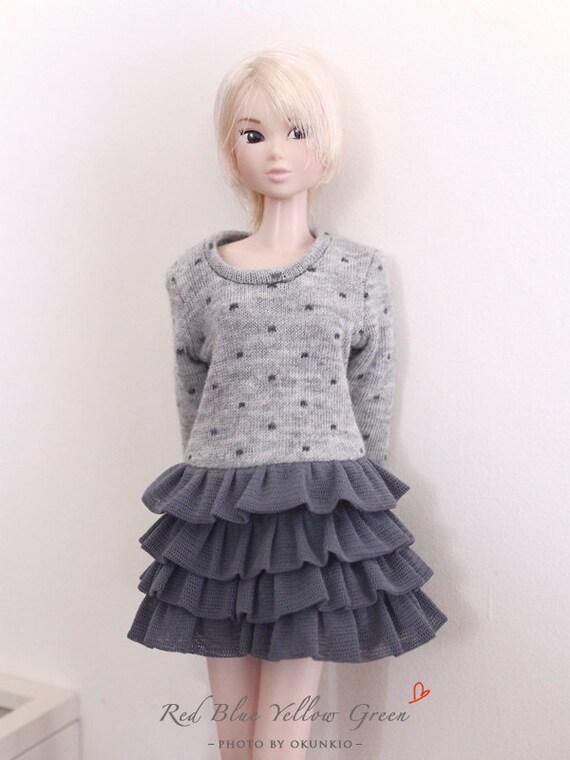 RYBG Creation - lighter grey dots layer dress Momoko or Nippon or Blythe