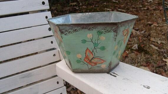 Metal Butterfly Planter, Light Green Tin Planter