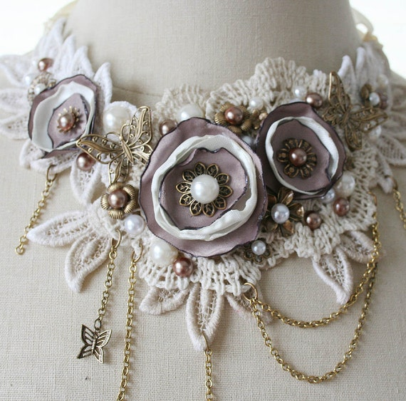 VANILLA SKIES romantic Victorian style lace bib statement necklace in cream and taupe, ooak