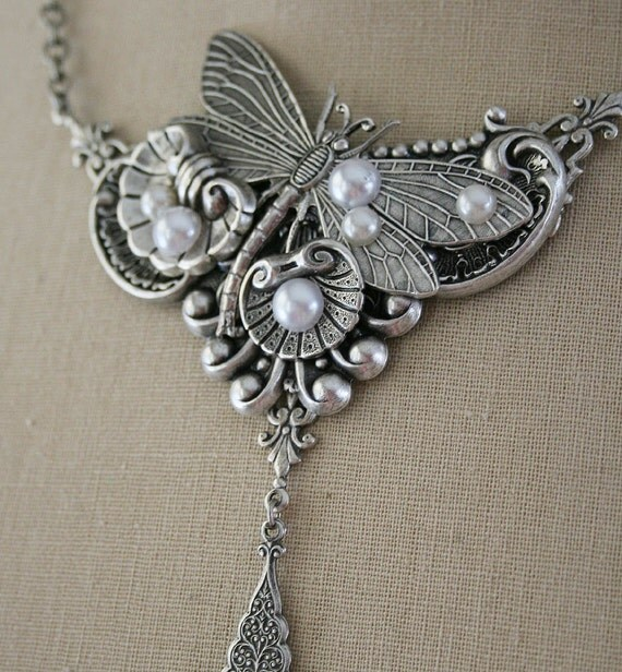 SERENDIPITY romantic Victorian style antiqued silver dragonfly and pearl necklace, free gift box