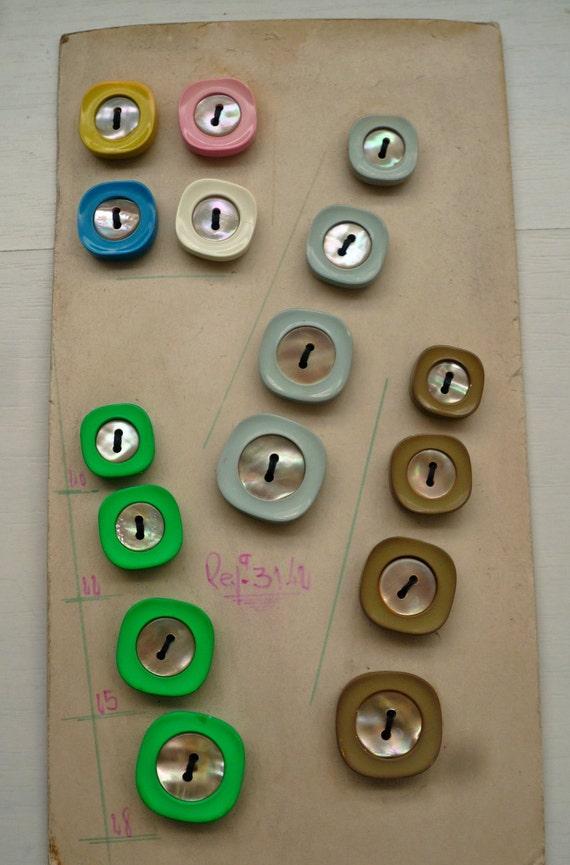 Multi Color Vintage Button, Original Card(Set of 16)