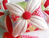 Happy Little Pincushion - Cathedral Window Pincushion - Pin Cushion - Pam Kitty Morning -  4 inch