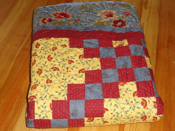 French Country Influence Triple Irish Chain Queen Size Quilt in Blues, Reds and Yellow
