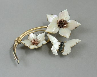 Sale Vintage Brooch, Mother of Pearl Flowers and Butterfly, Made by Ocean Treasures, 50% off!
